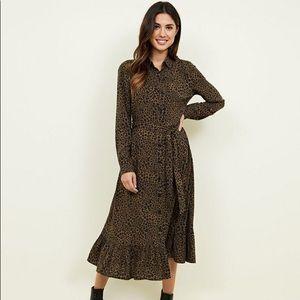 New Look Leopard Printed Midi Dress